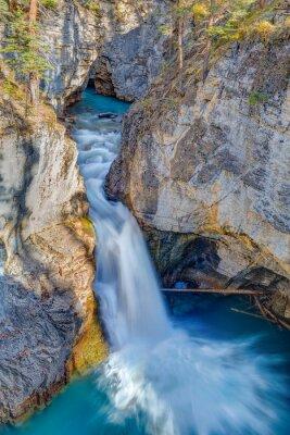Fototapet Beauty Creek Falls