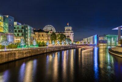 Fototapet Berlins regeringskvarter på natten