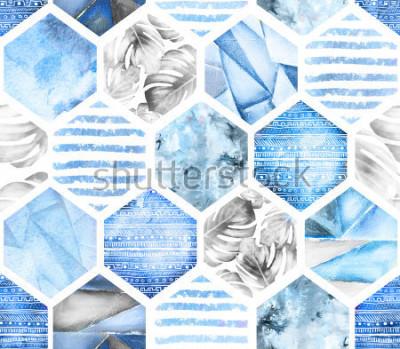 Fototapet blå geometriska sömlösa mönster på vit bakgrund. Abstrakt vattenfärg hexagon med monstera löv, ränder. grunge konsistens. Handmålade sommar illustration. Marin stil