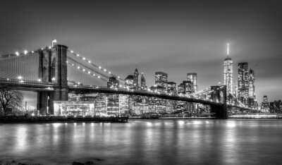 Fototapet Brooklyn bridge i skymningen, New York City.