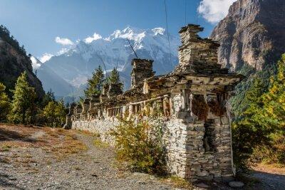 Fototapet Buddhistiska be hjul - Annapurna region.