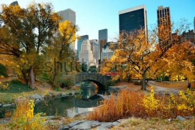 Fototapet Central Park Autumn och byggnader i centrala Manhattan New York City