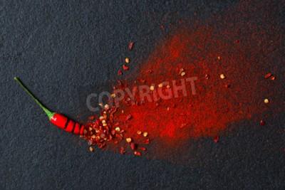 Fototapet Chili, röd paprika flingor och chilipulver brast