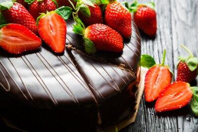 Fototapet Chokladkaka med färska jordgubbar