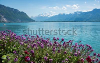 Fototapet detta är ett foto av landskapsberg, Schweiz