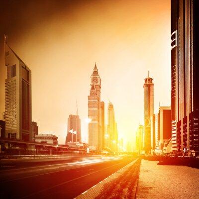 Fototapet Dubai stad i solnedgång