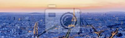 Fototapet Eiffeltornet är den mest besökta monumentet i Frankrike.