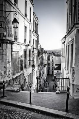 Fototapet En liten gata i Montmartre Paris, Frankrike