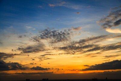 Fototapet Färgen på skymningskyen