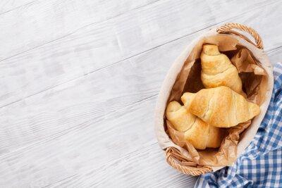 Fototapet Färska croissanter korg