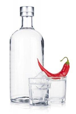 Fototapet Flaska vodka och snapsglas med is och röd chili peppar