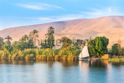 Fototapet Floden Nilen i Egypten. Luxor, Afrika.