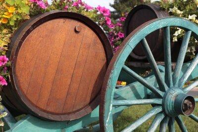 Fototapet Franska vin by vingård vinfat och vagn.