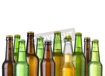 Fototapet Frostiga flaskor öl isolerad på en vit bakgrund