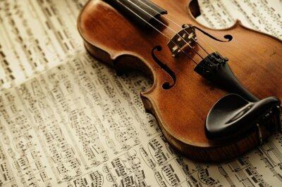 Fototapet gamla och sällsynta fiol på en lapp ark