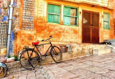 Fototapet Gatuvy över gamla kvarteren i Jodhpur stad i Indien