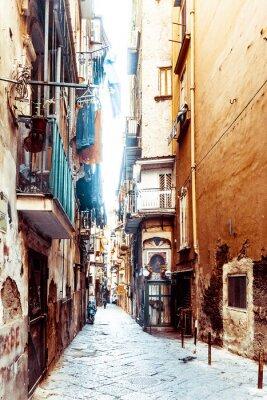 Fototapet Gatuvy över gamla stan i Neapels