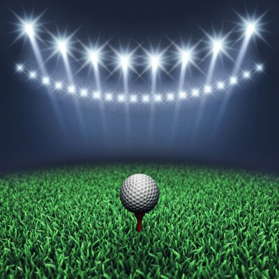 Fototapet Golfboll på gräs och spotlights, golf turnering, Golfbana