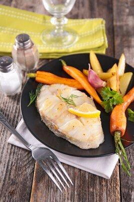 Fototapet grillad fisk och grönsaker