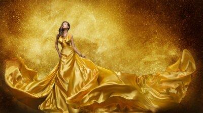Fototapet Guld Mannekäng klänning, kvinna Golden Silk Gown flödande tyg