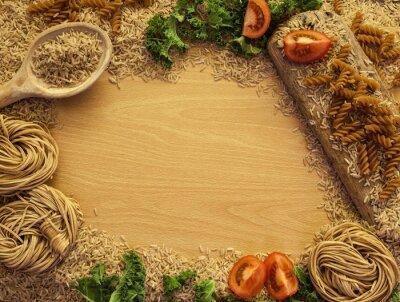 Fototapet Hälsokost bakgrund, ris, pasta, sallad och grönsaker.