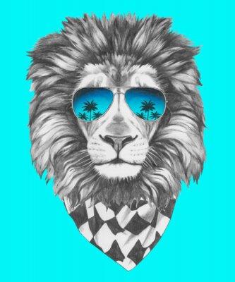 Fototapet Handritad porträtt av Lion med solglasögon och halsduk. Vector isolerade element.