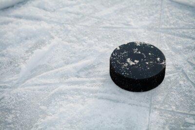 Fototapet Hockey puck på is hockeyrink