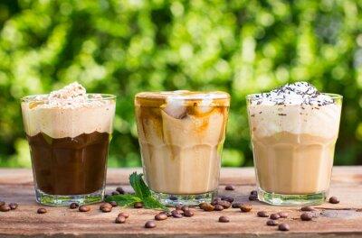 Fototapet Is kaffe med mjölk och vispgrädde