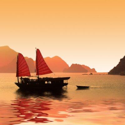 Fototapet Jonque dans la baie d'Halong - Vietnam