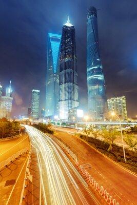 Fototapet ljus spår på modern byggnad bakgrund i Shanghai c
