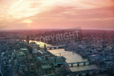 Fototapet LONDON, UK - APRIL 15, 2015: City of London affärs- och finans aria view