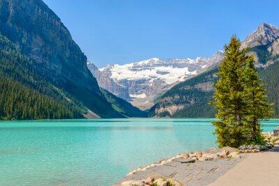 Fototapet Majestätisk fjällsjö i Kanada. Louise Sjöutsikt i Banff, Alberta, Kanada. Klippiga bergen.