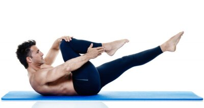 Fototapet man fitness pilates övningar isolerade
