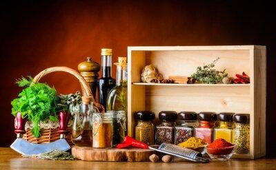 Fototapet Matlagning ingredienser, kryddor och örter