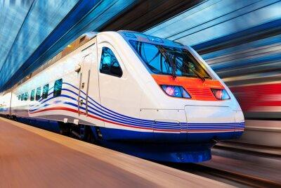 Fototapet Moderna höghastighetståg med rörelseoskärpa