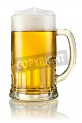 Fototapet Mugg med öl isolerad på vitt med klippning