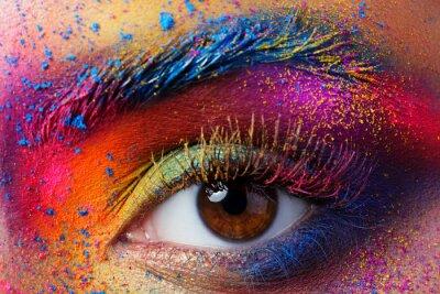 Fototapet Närbild av kvinnlig öga med ljus mångfärgad mode mak