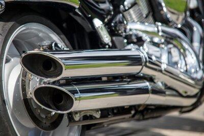 Fototapet närbild av motorcykeln avgaser
