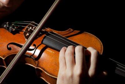 Fototapet Närbild foto av människan spelar fiol