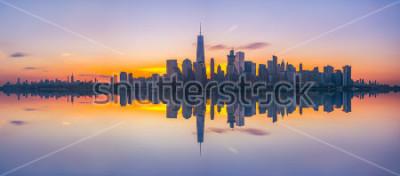 Fototapet New York City Skyline Reflector vid soluppgången