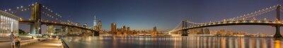 Fototapet Panoramautsikt Manhattan Bridge, Brooklyn Bridge och Manhattan horisont på natten