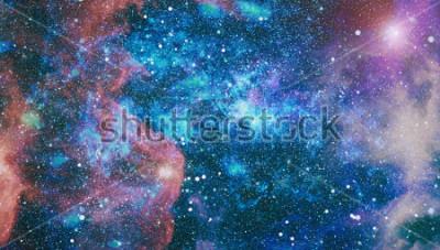 Fototapet planeter, stjärnor och galaxer i yttre rymden som visar skönhetsutforskningen. Element inredda av NASA