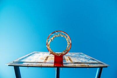 Fototapet Plexiglas street basket styrelse med ring på utomhusbana