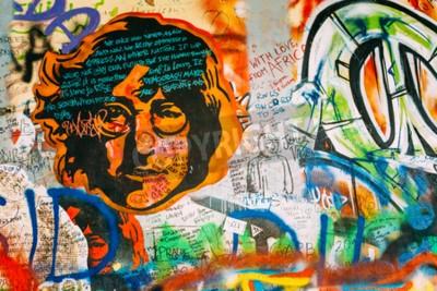 Fototapet Prag, Tjeckien - 10 Okt 2014: Kända plats i Prag - John Lennon-väggen. Wall är fylld med John Lennon inspirerade klotter och texter från Beatles låtar