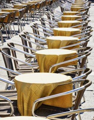 Fototapet rader av stolar