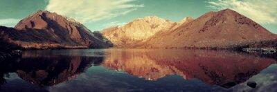 Fototapet Snow Mountain sjö