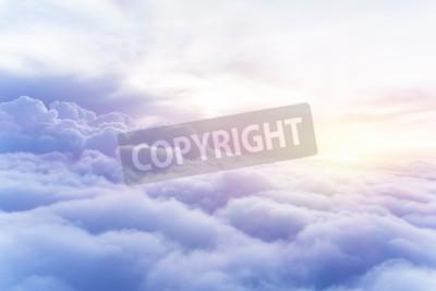 Fototapet Solig himmel abstrakt bakgrund, vacker Cloudscape, på himlen, utsikt över vita fluffiga moln, frihet koncept