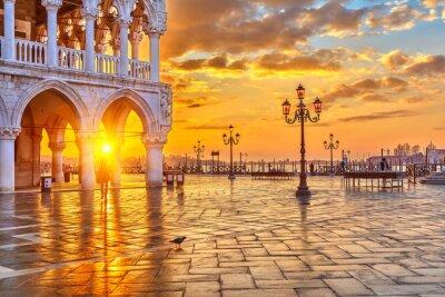 Fototapet Soluppgång i Venedig