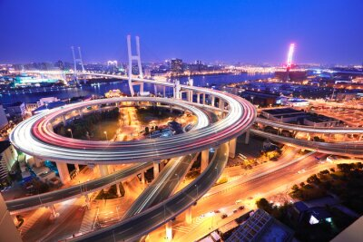 Fototapet Spiral bron i Shanghai Huangpu River på fågelperspektiv o