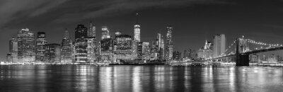 Fototapet Svart och vitt New York City på natten panoramabild, USA.